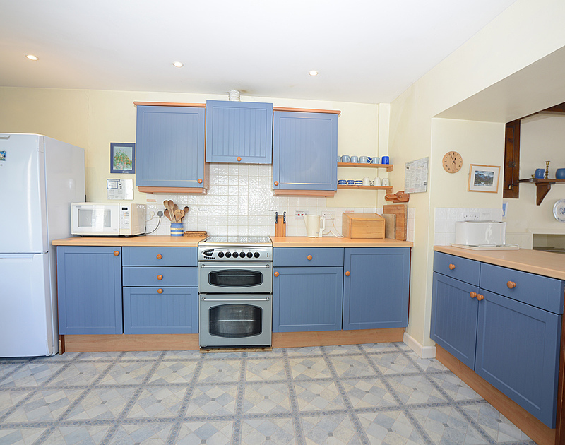 The attractive kitchen of Ivy Cottage, a self-catering holiday house at Polzeath, North Cornwall