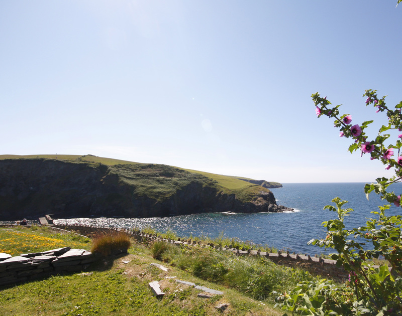 Breathtaking sea views from 3 Overcliff, a splendid holiday house in Port Isaac, Cornwall, with the SW coast path nearby.