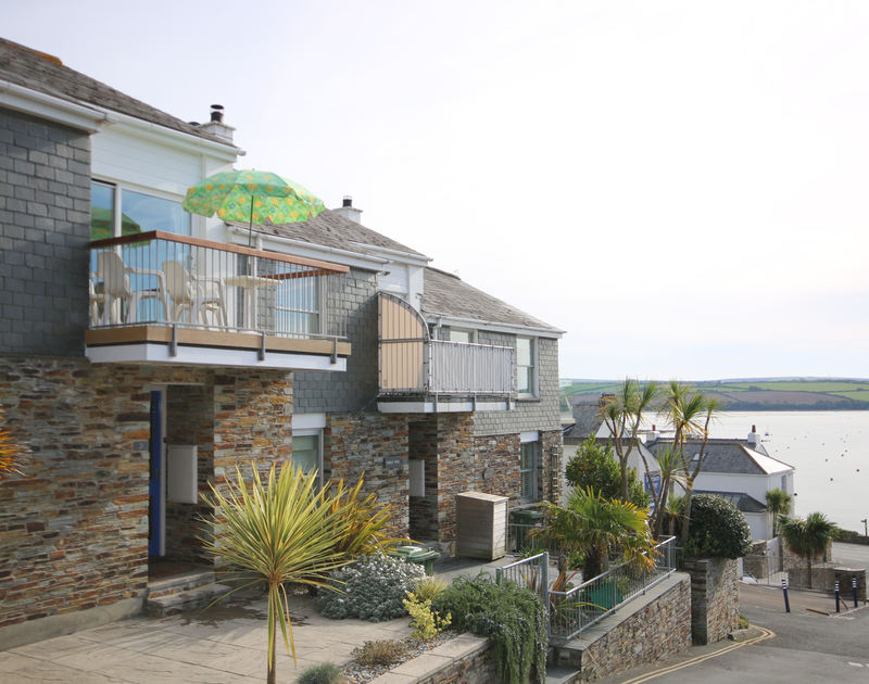 The external view of Slipway 21, showing the immediate proximity to the beautiful Camel Estuary, an ideal location for a self catering holiday in Rock, Cornwall.
