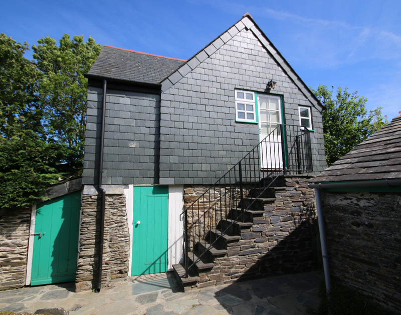 The annex providing additional accommodation to Porthilly Greys, a very special and charming Grade 2 listed Cornish farmhouse sympathetically restored for perfect sea side holidays in Rock, Cornwall.