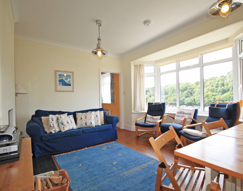The colourful sitting room in Burwyn, self catering accommodation to rent,easy walking distance of the beach and sea at Polzeath, North Cornwall.