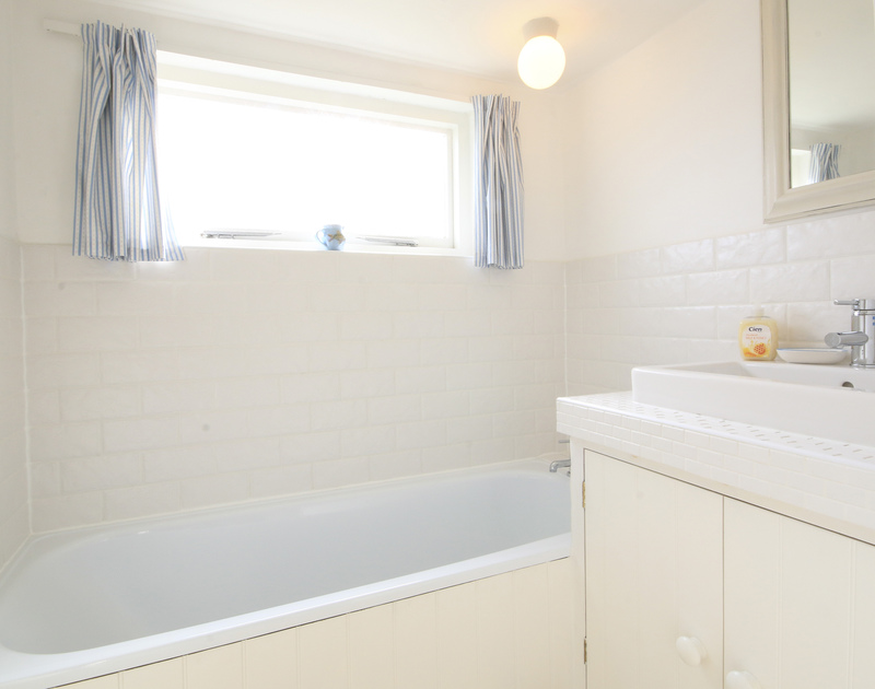 One of two bathrooms in Mencarrek, a self catering holiday house to rent in St Minver, Rock, Cornwall.