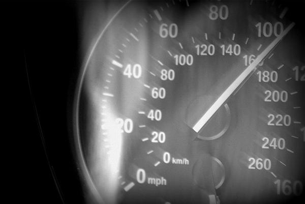 Иллюстрация к статье: LPgenerator увеличивает скорость загрузки целевых страниц в 4 раза!