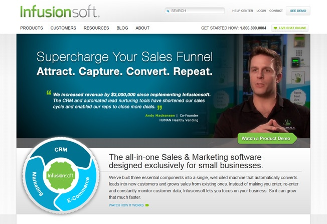 если на целевой странице/сайте размещены фотографии счастливых клиентов, конверсия растет