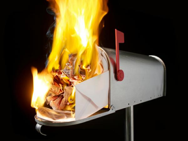 Иллюстрация к статье: Анатомия email-сообщения: 10 непростительных ошибок