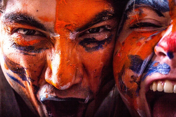 Иллюстрация к статье: Конвертируйте с помощью эмоций! Три эмоциональных триггера на лендинг пейдж