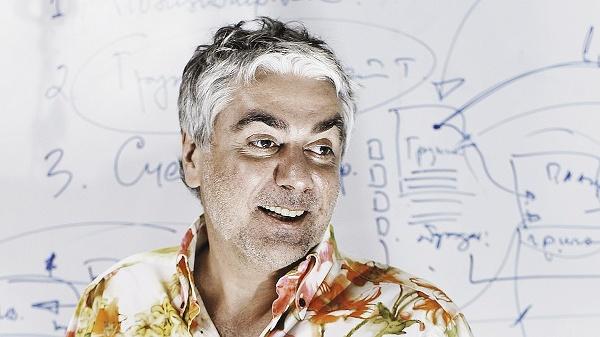Иллюстрация к статье: «Если человек верит в свою идею, он должен идти и делать»: интервью с Аркадием Морейнисом