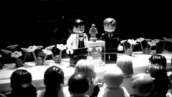 Иллюстрация к статье: В погоне за «Оскаром»: как кинокомпании работают с целевой аудиторией