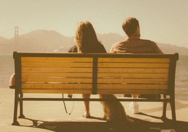 Иллюстрация к статье: Как Tinder дискриминирует «старых» пользователей и насколько это эффективно?