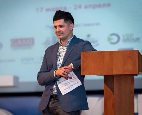Иллюстрация к статье: Как проверить идею стартапа и собрать команду мечты: интервью с Вячеславом Семенчуком