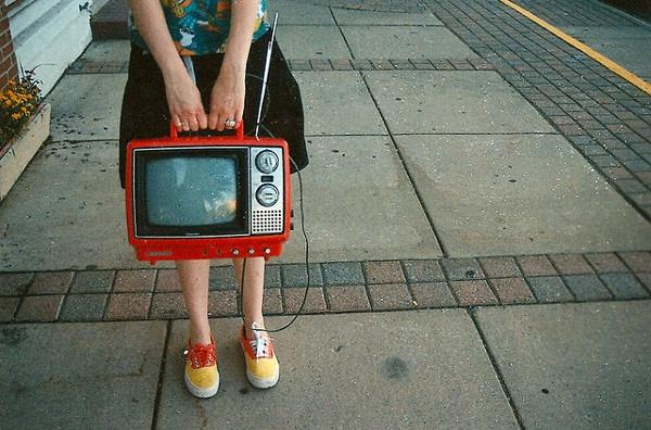 Иллюстрация к статье: Почему видео-лендинги конвертируют лучше?