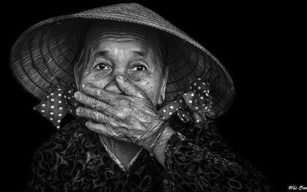 Иллюстрация к статье: Запах старости: стереотип или научный факт?