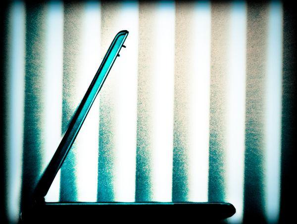 Иллюстрация к статье: Действительно ли современные технологии вызывают зависимость?