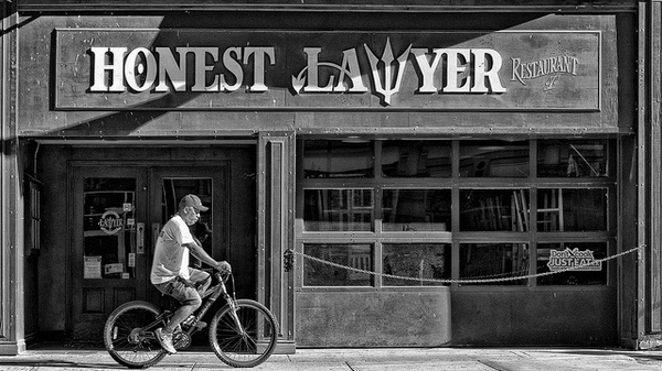 Иллюстрация к статье: Поиск клиентов для юриста: ценные рекомендации
