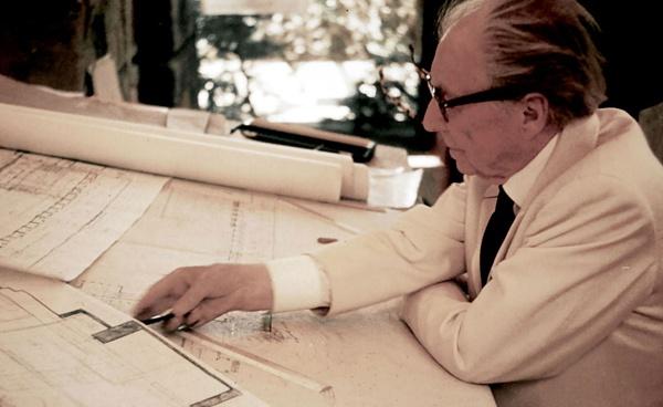 Применение методов Фрэнка Ллойда Райта в дизайне информационных систем