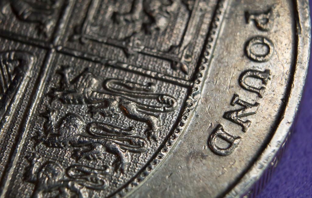 Иллюстрация к статье: Сделка столетия: как Джордж Сорос обрушил британский фунт