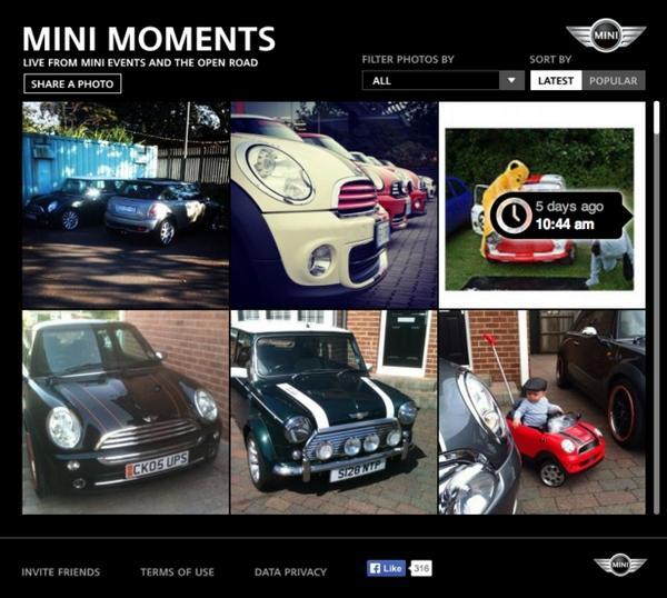 Сортировка фотографий по хронологии загрузки через интерфейс приложения MINI moments