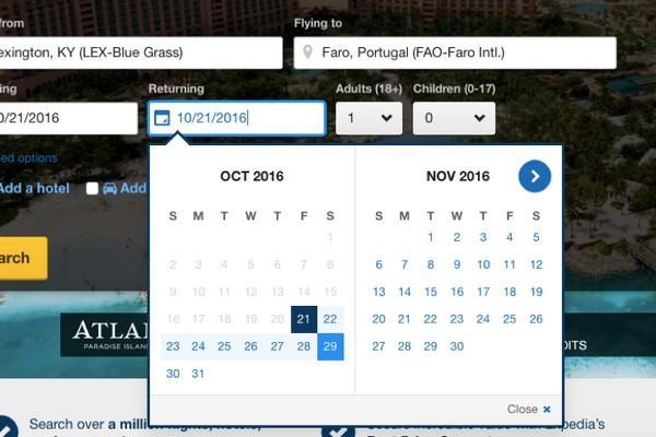 В онлайн-календаре туристического агентства Expedia различными цветами выделяются даты отъезда и возвращения, а также промежуток между этими датами.