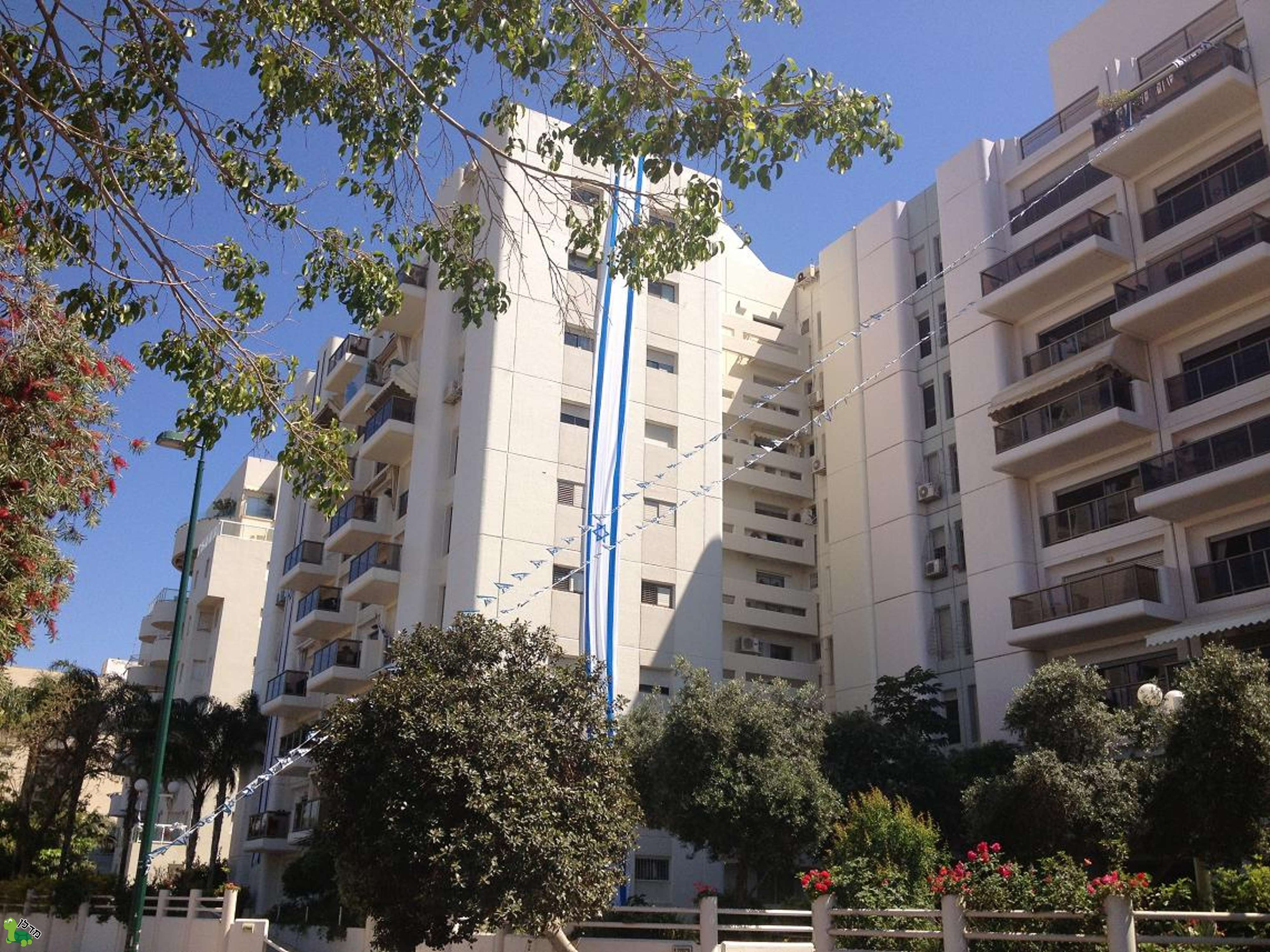 מפוארת דירות להשכרה ברמת אביב ג, תל אביב יפו - 22 דירות באזור WZ-26