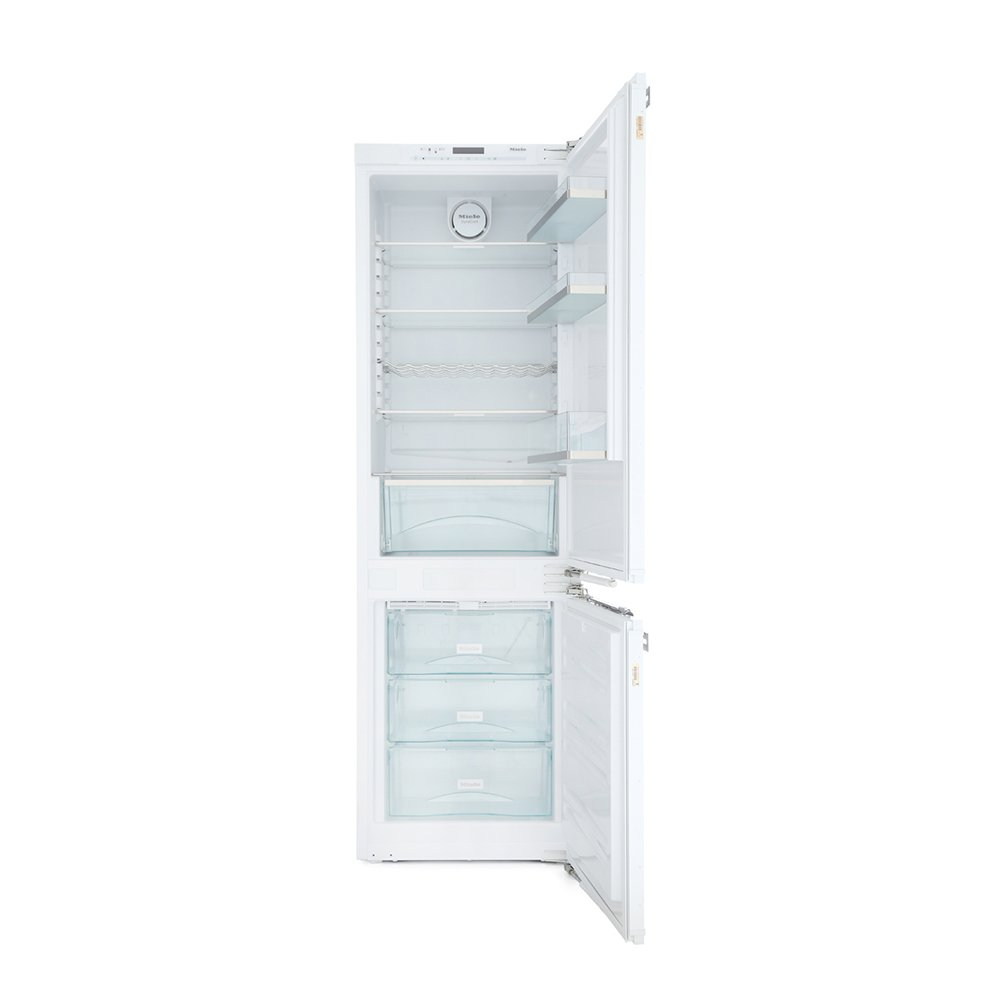 Miele KFN37432iD Frost Free Integrated Fridge Freezer