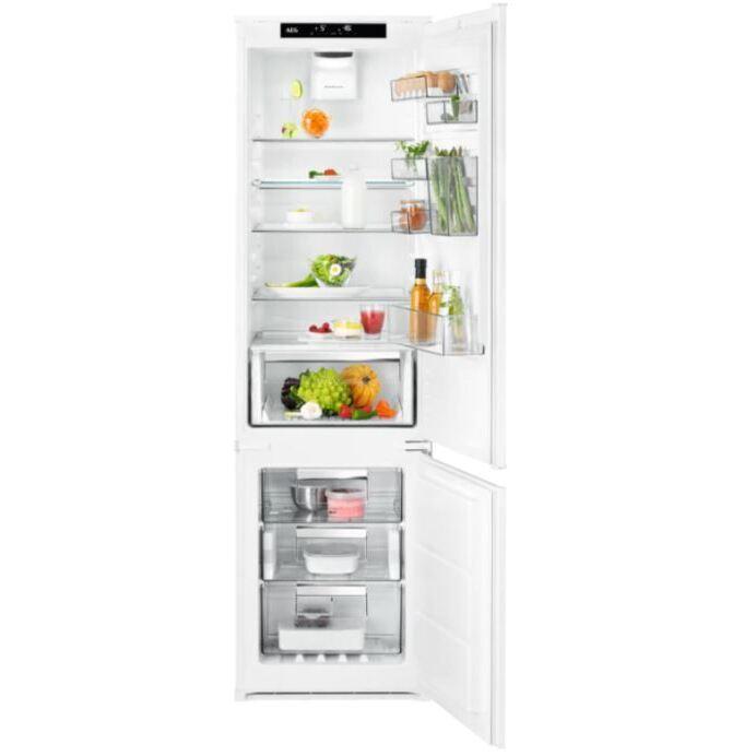 AEG SCE819E7TS Frost Free Integrated Fridge Freezer