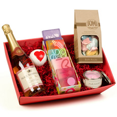 Pamper Pack with Personalised Wine