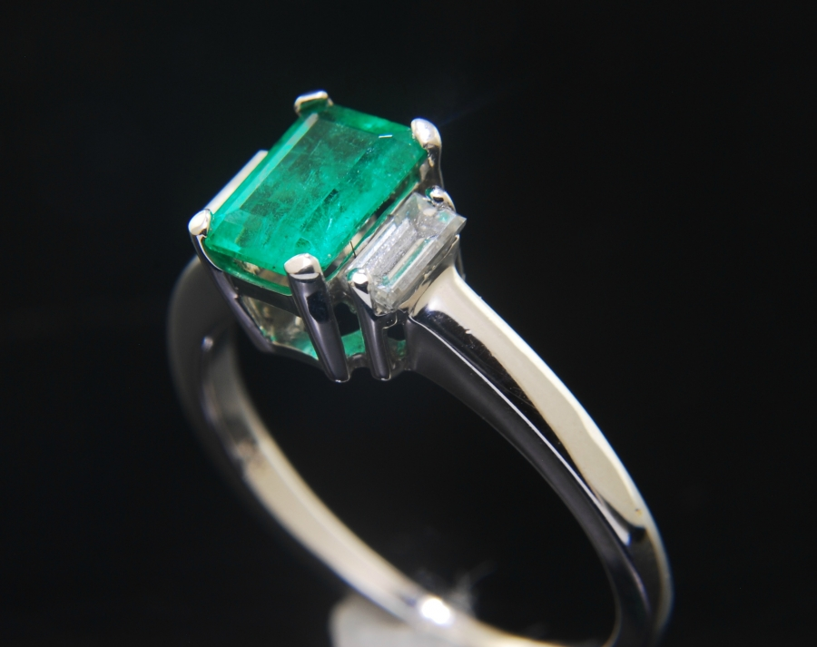 Selling Exquisite Estate Emerald Cut Emerald Ring