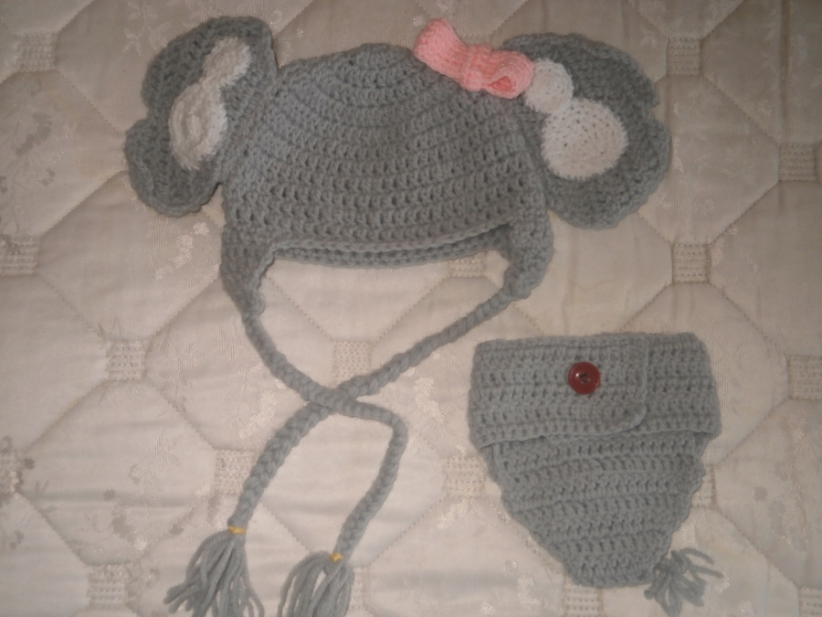 Ollie, crochet Elephant pattern | Son's Popkes | 675x900