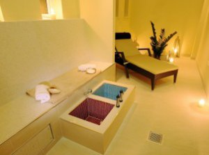 Spa No.1 Pery Square 7