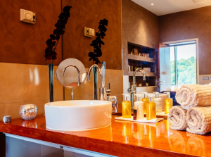 VOYA Dusk to Dawn Offer, Chill Spa at The Ice House Hotel Co. Mayo