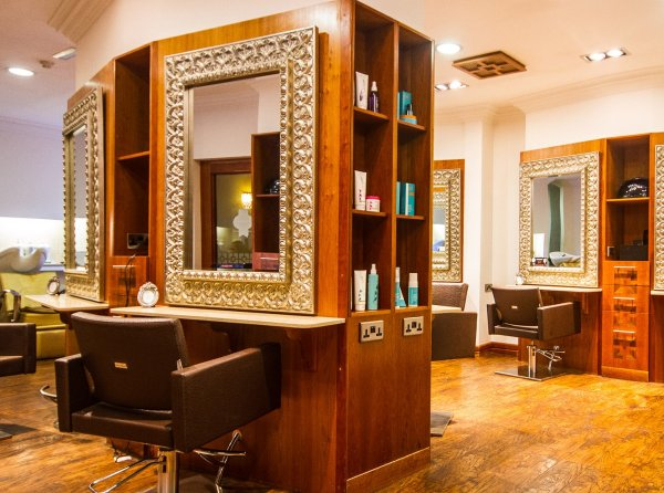 Revas Spa and Hair Studio 10