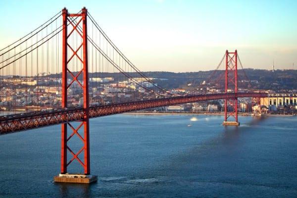 Chollo Viajero Vuelos Ida Y Vuelta Madrid Lisboa Sólo 44