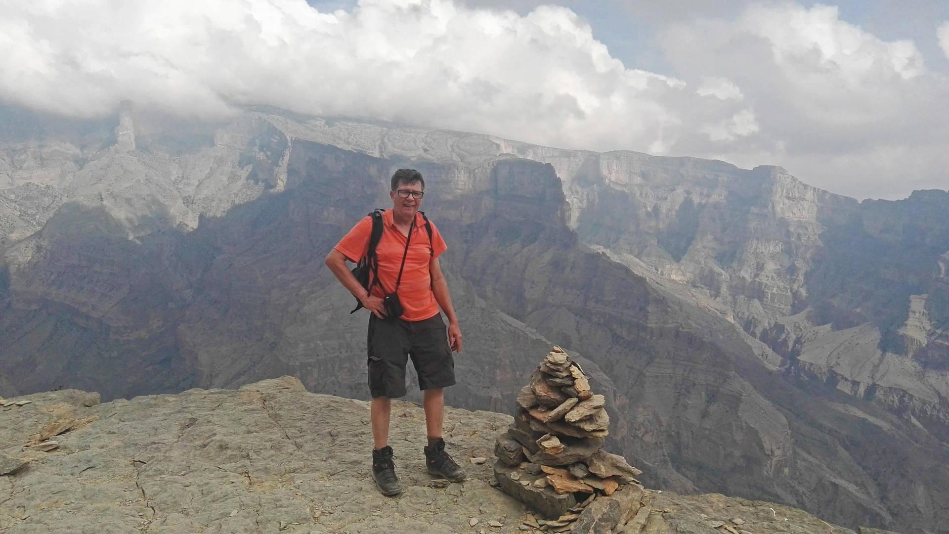 Reiziger Michel bij de Jebel Akhdar