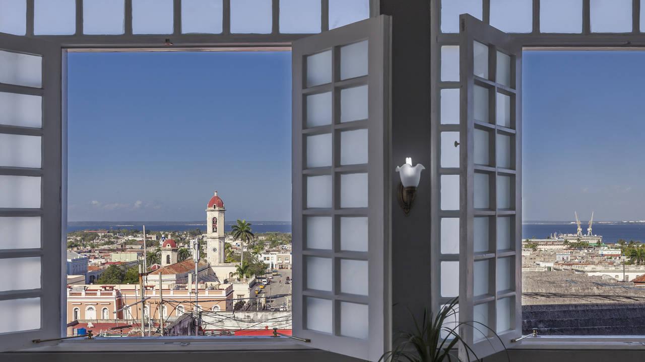 Uitzicht op Cienfuegos