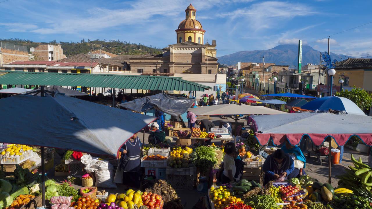 Groente- en fruitmarkt in Otavalo