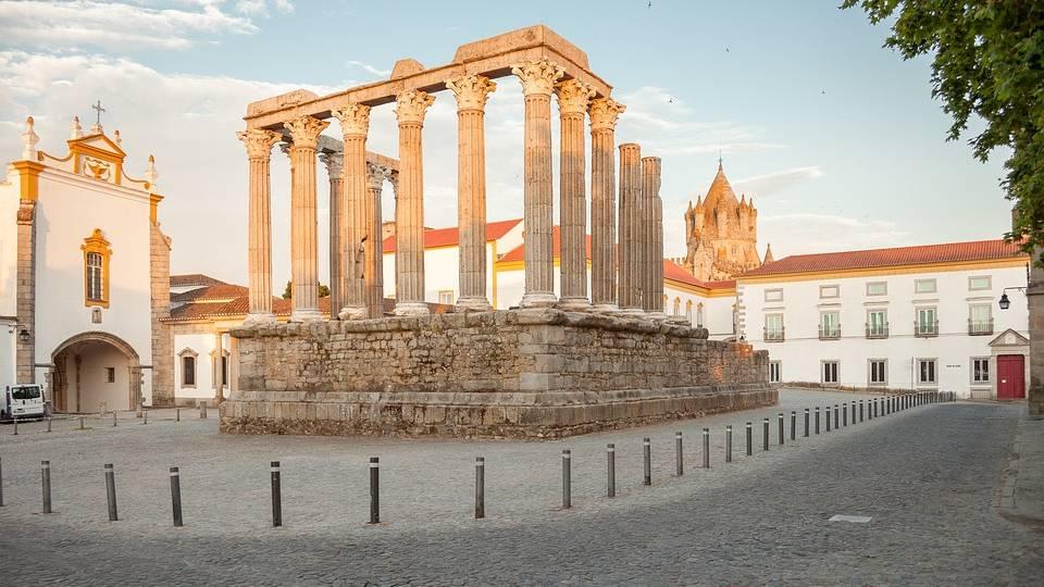 Portugal, tempel in Evora