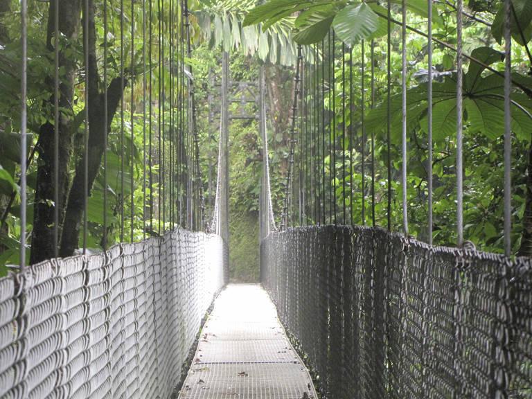 Hangbrug in Arenal Volcano National Park