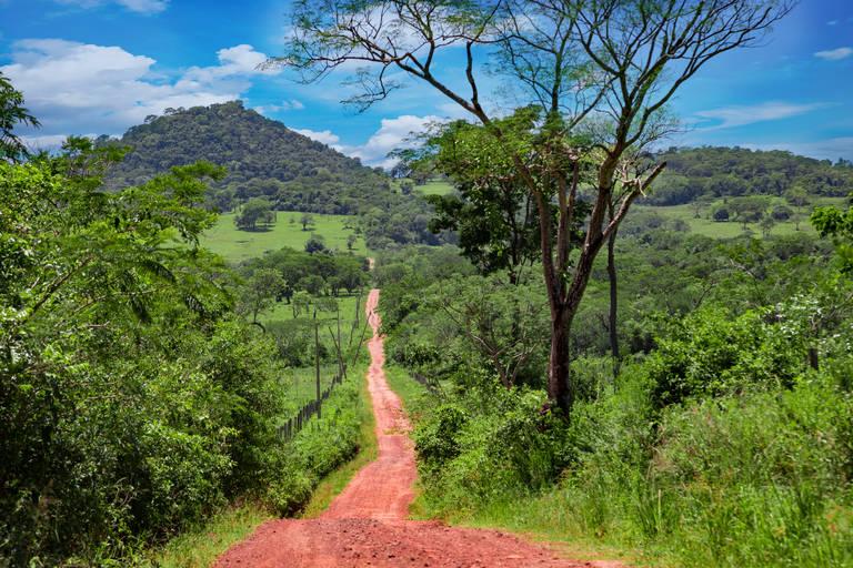 Dirt road in El Valle de Anton