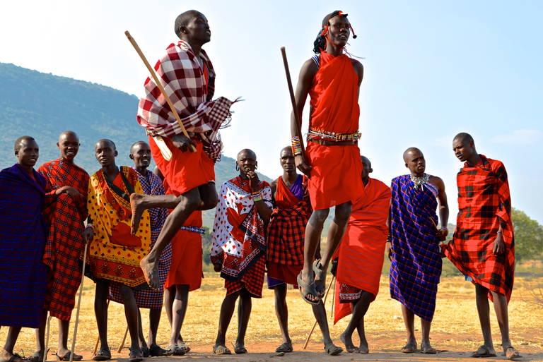 Dansende Masai mannen