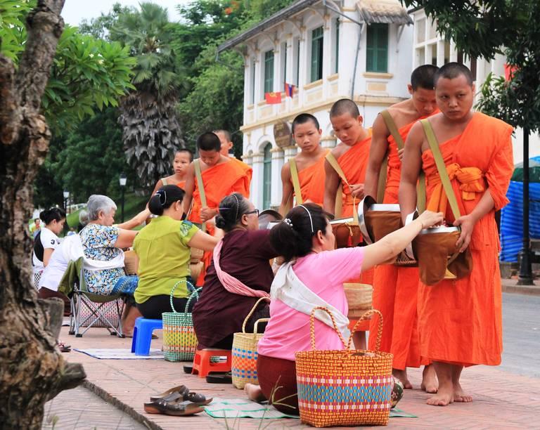 Monniken in Luang Prabang