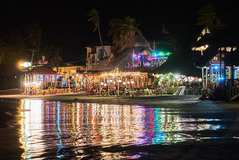 San Juan del Sur in de avond