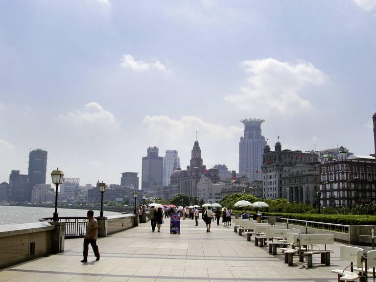 Boulevard in Shanghai