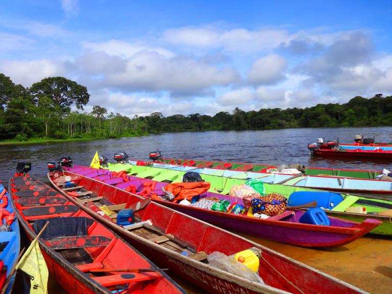 Traditioneel vervoer in Suriname