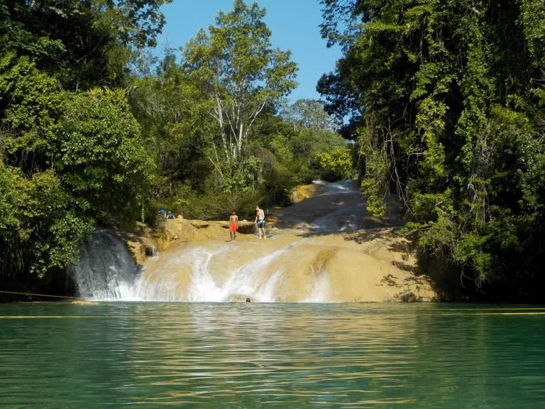 Waterval Roberto Barrios, Palenque