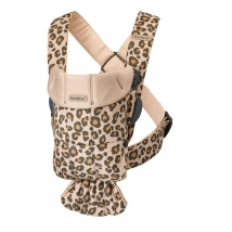 BabyBjörn Mini μάρσιπος Cotton - Leopard beige 021075