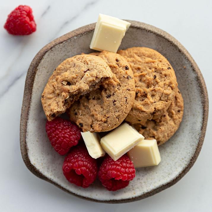 Shop Biscuits & Cookies