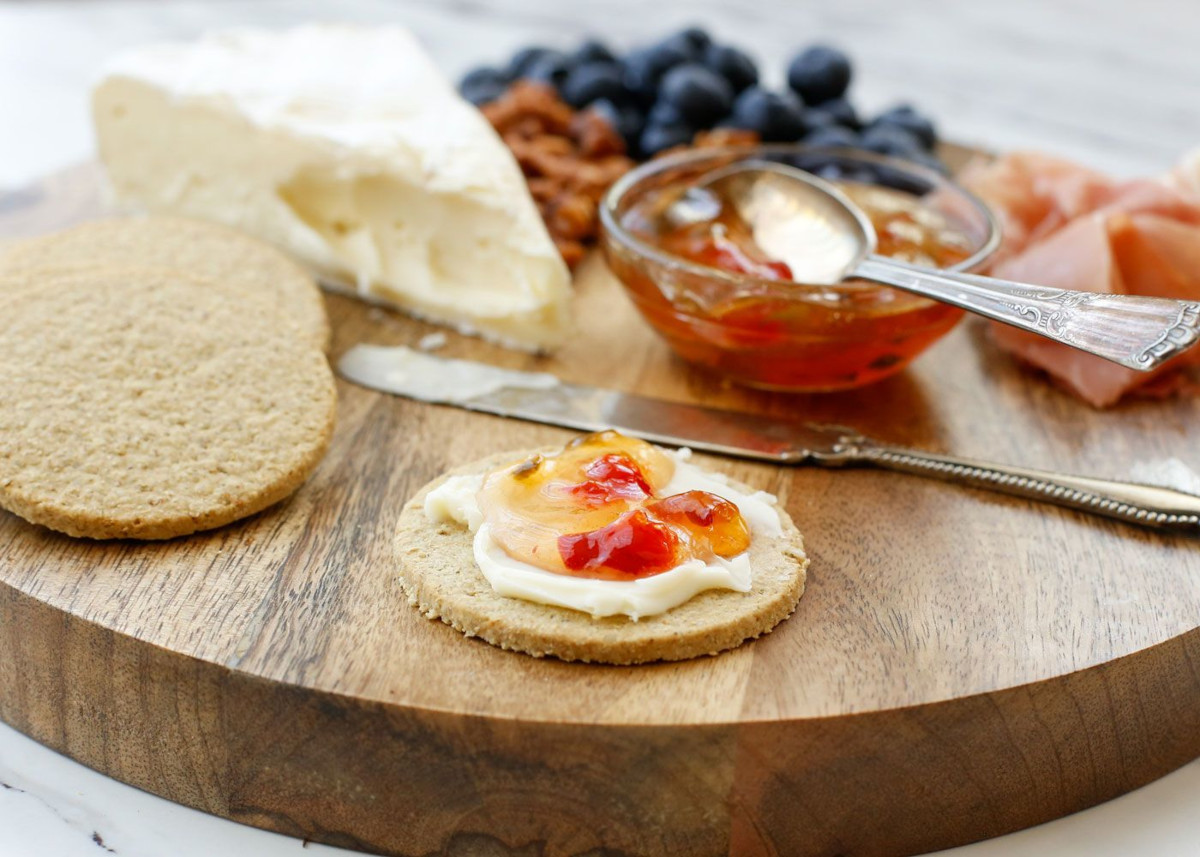 Scottish Oat Crackers with Brie and Sweet and Spicy Jam