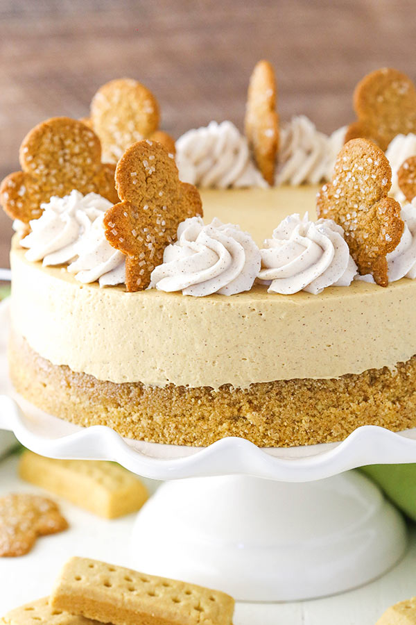 Gingerbread Cheesecake & Molasses Mousse