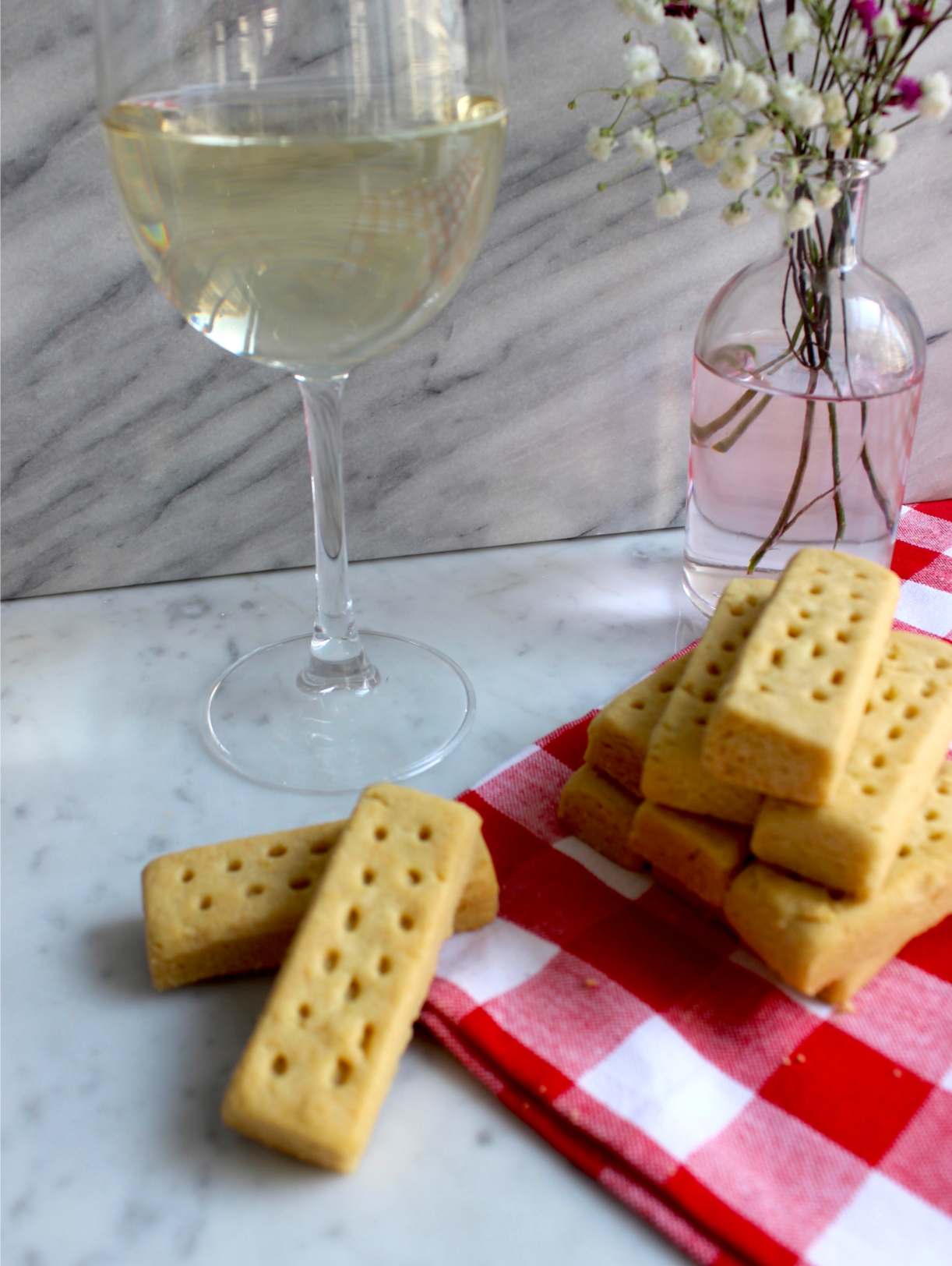 How To Pair Wine With Your Favorite Walkers Cookies