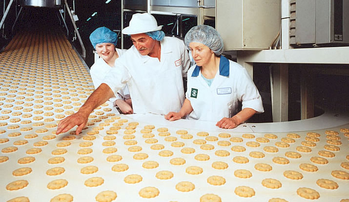 Walkers Shortbread - History & Heritage - assembly line